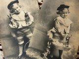 アンティークポストカード2枚セット Pâques「モノクロの女の子」