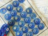 アンティークガラスボタンシート ブルーxお花