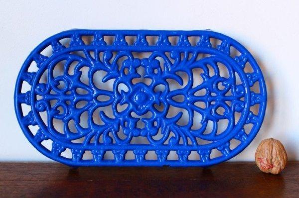画像3: アンティーク アイアントリベット(鍋敷き) 青 Mサイズ