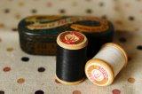 ベルギー製 りすマークの小さな糸巻き