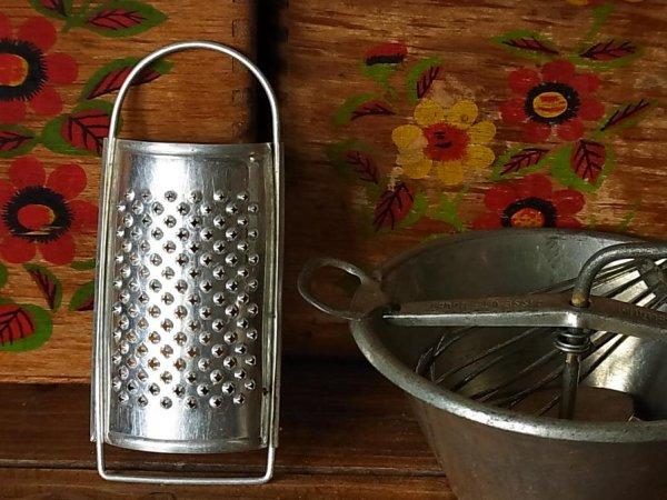 画像1: アルミ アンティークおままごと おろし器