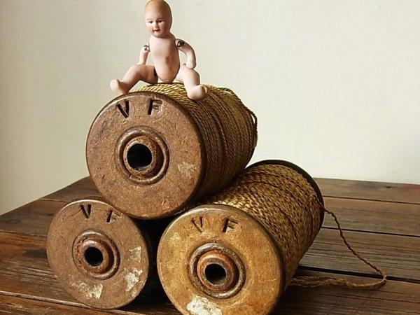 画像2: アンティーク 木製ボビン(糸巻き) VF
