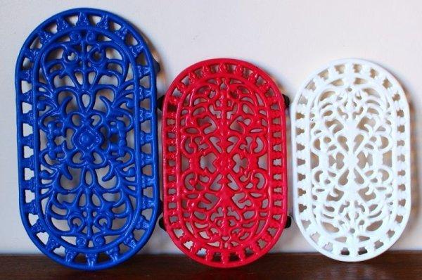 画像5: アンティーク アイアントリベット(鍋敷き) 青 Mサイズ