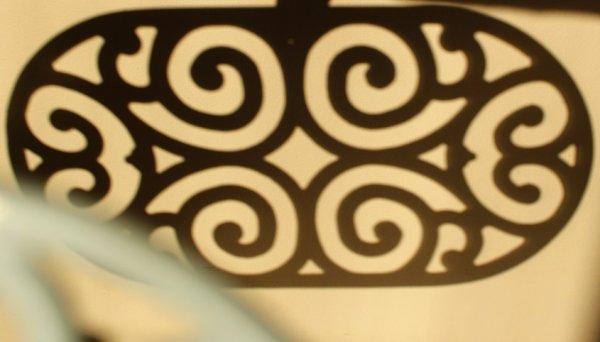 画像4: アンティーク アイアントリベット(鍋敷き) 白 Lサイズ